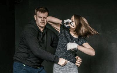 5 posiciones básicas de defensa personal