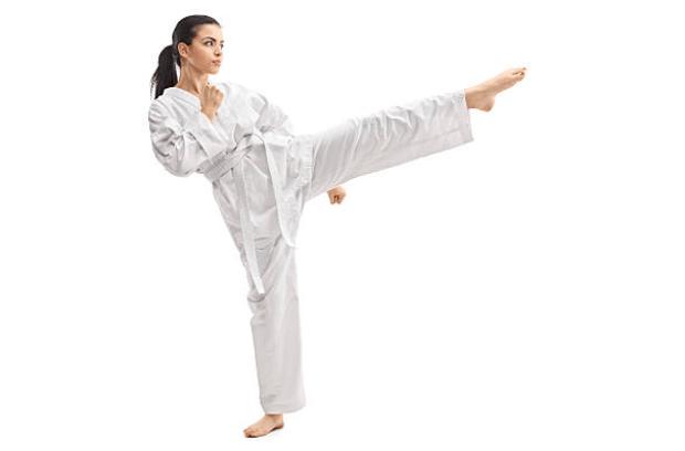 Qué desarrolla las artes marciales