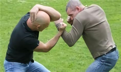 Sistema de lucha Keysi autodefensa