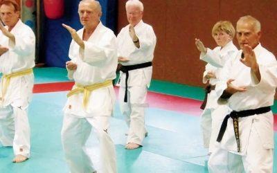 Defensa personal para personas mayores