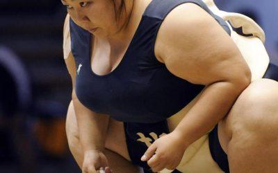 El sumo femenino existe y se vuelve cada vez más popular en Japón