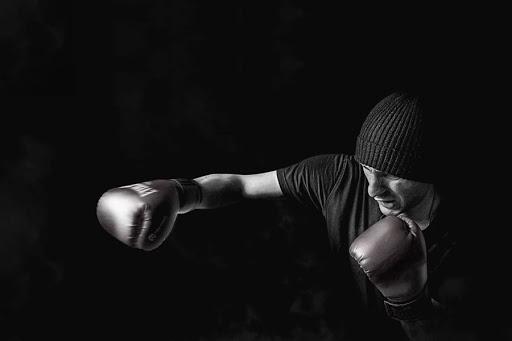 5 movimientos básicos del boxeo