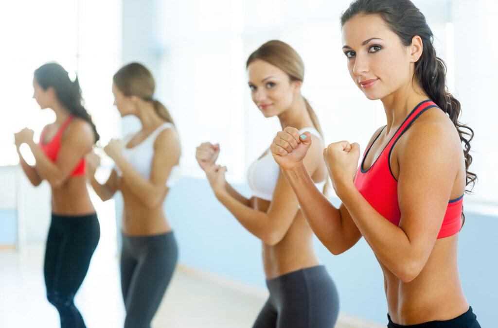 los 5 mejores deportes de combate para las mujeres indefensas