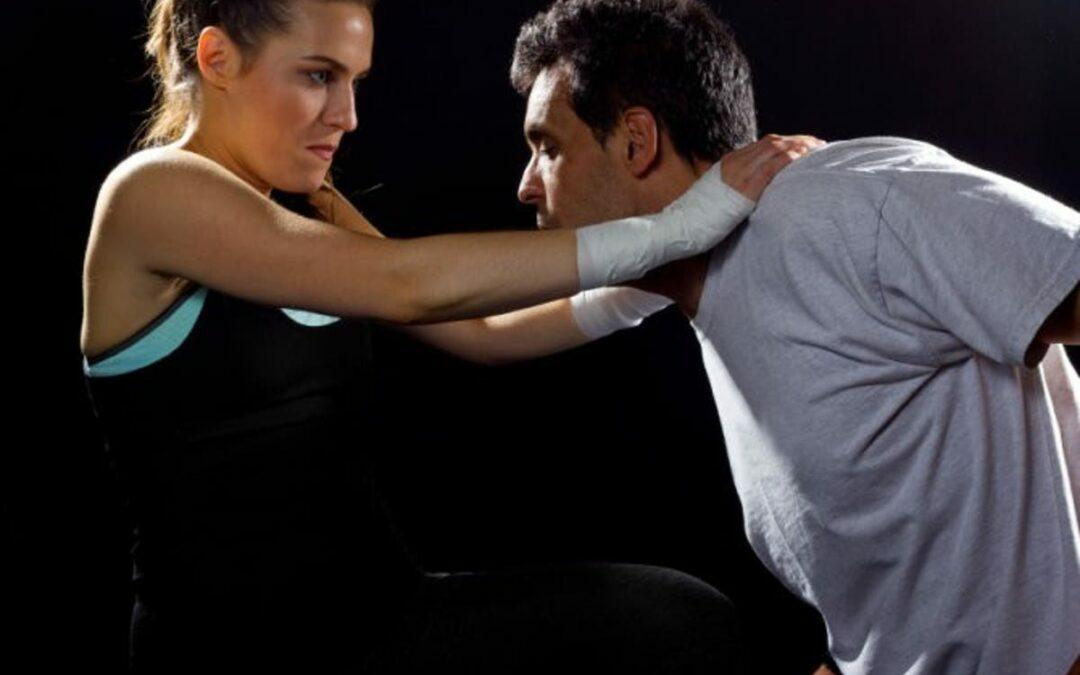 Defensa personal: ataque en el cuello y en el transporte público